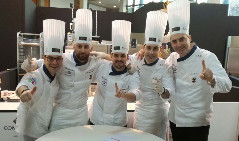 foto de grupo durante la competición